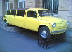 Казахские братья собрали лимузин из двух Москвичей