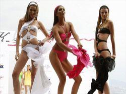 Показ K-Lynn Lingerie fashion show на пляже Бейрута