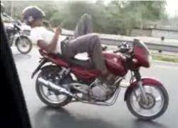 Вождение мотоцикла по-индийски
