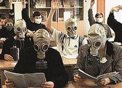 В России стали популярными ГТО, пионерия, уроки НВП и Сталин