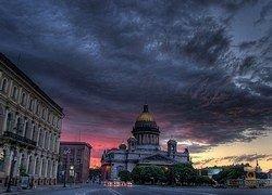Туристический Петербург: мимо кассы