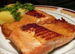 Рыбная диета во время беременности защитит ребенка от астмы
