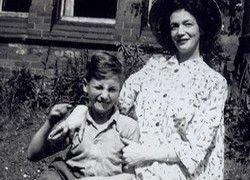 О детстве Леннона снимут фильм