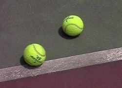 Два теннисиста дисквалифицированы за тотализатор