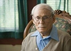 Британский старик застраховал свои ягодицы на $2 млн