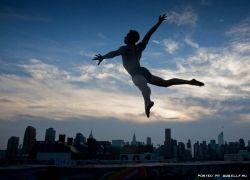 Танцы в городской суете