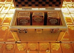 Российские золотовалютные резервы тают на глазах