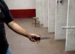 Нож и пистолет – оружие два в одном