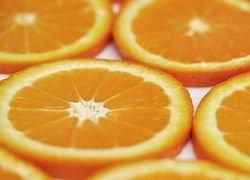 Апельсиновый сок? Подумайте о лишнем весе и диабете