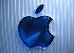 Apple планирует выйти на рынок недорогих ноутбуков