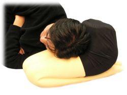 Подушка дарит сон и перхоть
