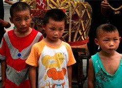 Шайка детей ограбила ювелирный магазин в Китае
