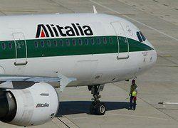 Берлускони нашел средства для спасения Alitalia