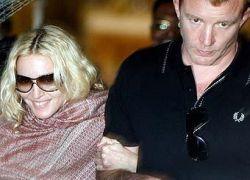 Муж Мадонны опровергает слухи о разводе