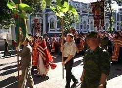 Киевских медиков заставили участвовать в религиозных шествиях