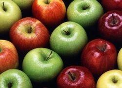 Самый полезный фрукт на работе - яблоко