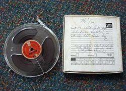 На аукцион выставлена запись хихикающих битлов