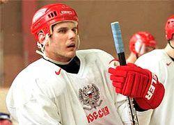 Алексей Яшин продолжит выступать за «Локомотив»