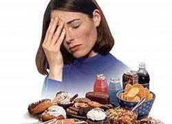 Ученые выяснили, что толкает людей так часто объедаться
