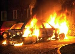 Поджоги автомашин начались в Уфе и Нижнем Тагиле