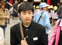 Японскую молодежь поразила мода на коммунизм