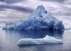 В Канаде от материкового шельфа откололся ледник длиной 11 км