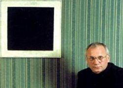 Художникам не дает покоя самая знаменитая картина Малевича