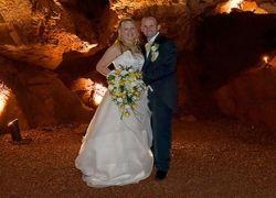 В Англии проводятся свадьбы в пещерах