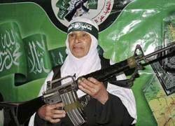 """Как \""""Аль-Каида\"""" превращает женщин в \""""идеальное оружие\""""?"""