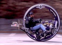 Крушение моноцикла McLean V8