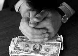 Коррупция - смазка для бюрократического механизма