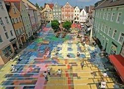 Художественная инсталляция в баварском городе Вайльхайм