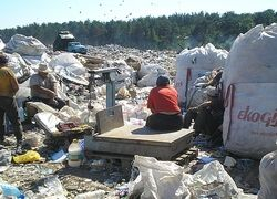 Что делать с мусором: сжигать или перерабатывать?