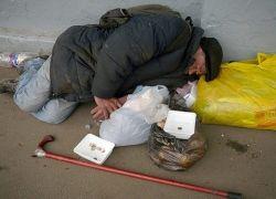 Граждане сами стимулируют появление нищих на улицах