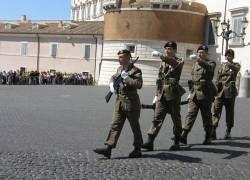 На улицы Италии вышли войска