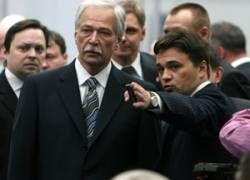 «Единороссам» придется подписываться на партийную газету?