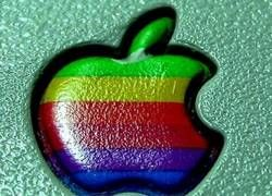 Apple откусила больше, чем может прожевать?