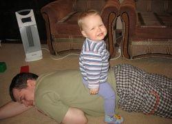 Биологические часы подгоняют будущих отцов