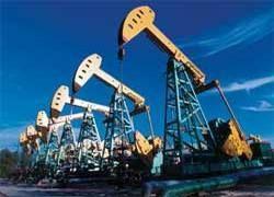 Цена на нефть упала почти на 3,5 доллара