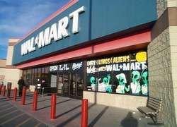 Wal-Mart произвел экологически-чистые украшения
