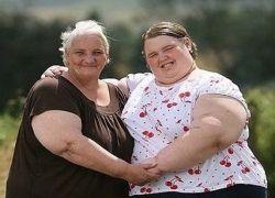 15-летней британке необходимо похудеть на 127 килограммов