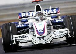 """Курьез с \""""Формулы-1\"""": BMW ударил механика током"""