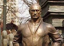 Российские начальники бронзовеют вполне в советском стиле