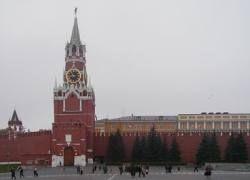 Кремль спешит нанять на работу российских чиновников новой породы