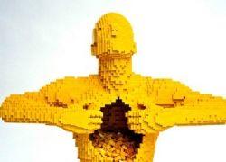 Lego-версия трехмерного клипа Radiohead