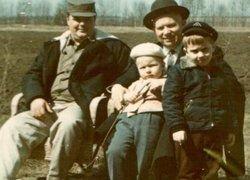 Родственники Хрущева в России говорят об оскорблении чести семьи