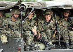 Грузия стягивает войска к границе с Абхазией