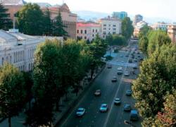 Нужно ли, чтобы русские танки прогрохотали по улицам Тбилиси?
