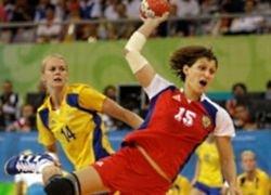 Российские спортсменки не дружат с мячом