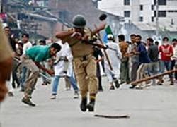 В Индии продолжаются беспорядки после убийства лидера сепаратистов